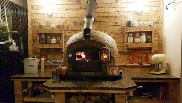 foto pizza brick oven rustic