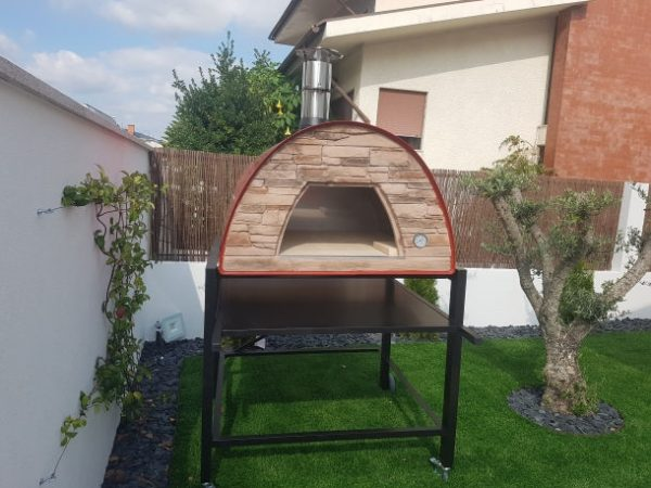 image of Outdoor_pizza-oven-red-maximus-prime-arena-with-black-stand