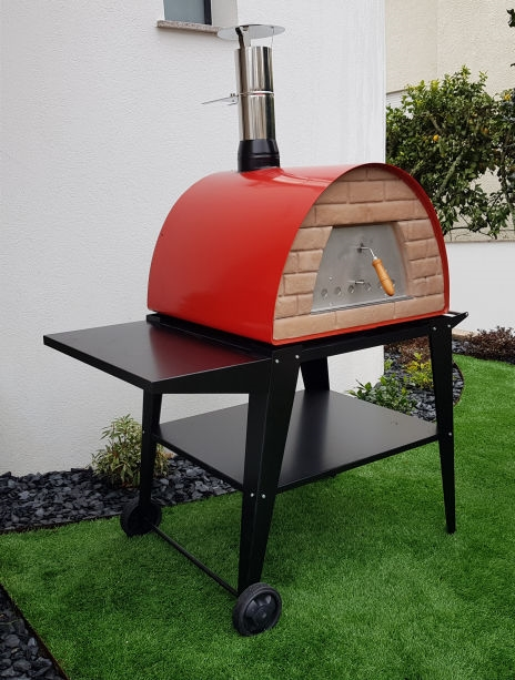 image of pizza-oven-red-maximus-with-atlas-black-stand